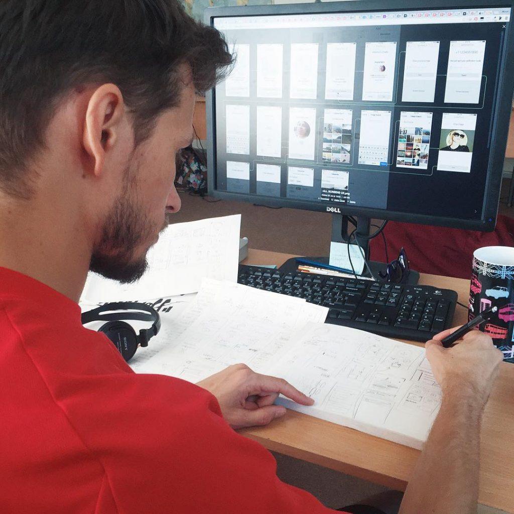 Tubik Studio designer